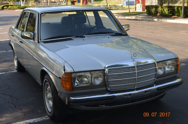 1981 Mercedes-Benz 300-Series 300D Euro W123 German Spec