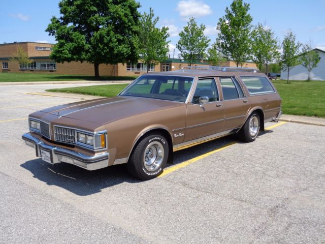 1981 Oldsmobile Custom Cruiser