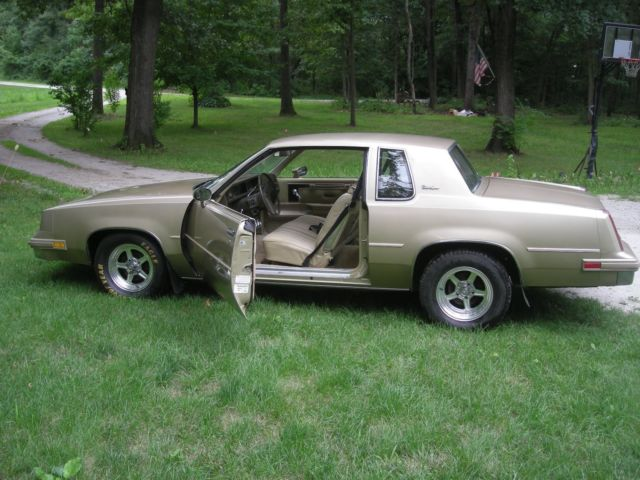 1981 Oldsmobile Cutlass CUTLASS SUPREME COUPE