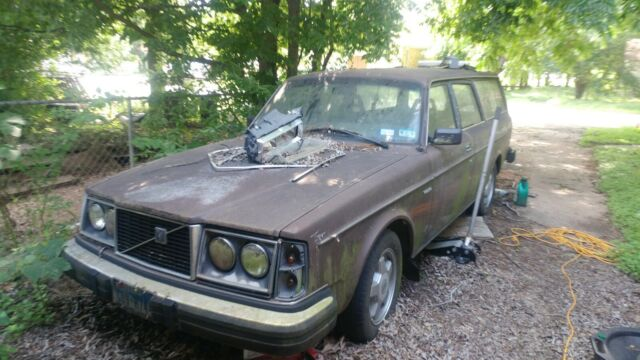 1981 Brown Volvo Other Wagon with Tan interior