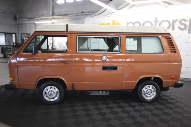 1981 Volkswagen Bus/Vanagon four door
