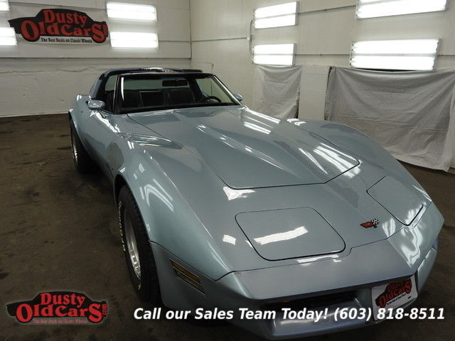 1982 Chevrolet Corvette Runs Drives Body Inter Vgood 350V8 4spd Auto