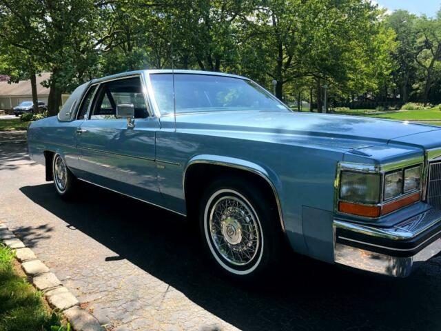 1982 Blue Cadillac DeVille with Blue interior