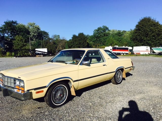 1982 Ford Fairmont coupe