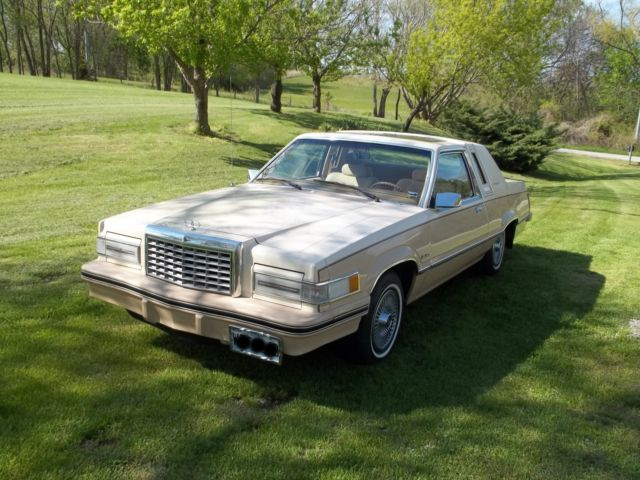 1982 Ford Thunderbird two tone