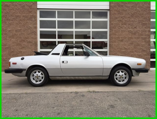 1982 lancia zagato spyder for sale: photos, technical specifications