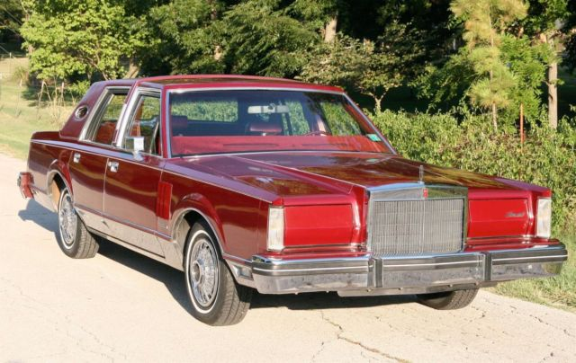 1982 Lincoln Mark Series Mark VI package luxury
