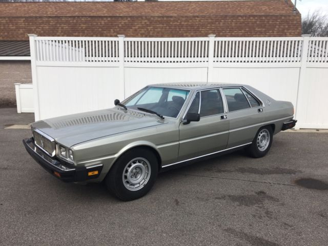 1982 Maserati Quattroporte Base Sedan 4-Door