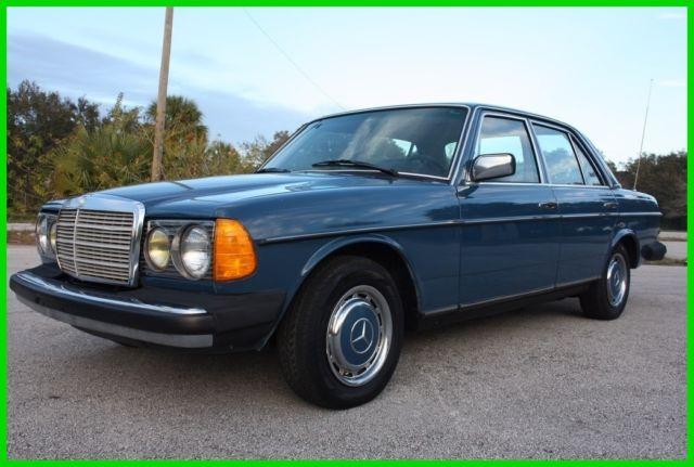 1982 Mercedes-Benz 200-Series DIESEL W123 IMMACULATE FLORIDA NO RESERVE!!