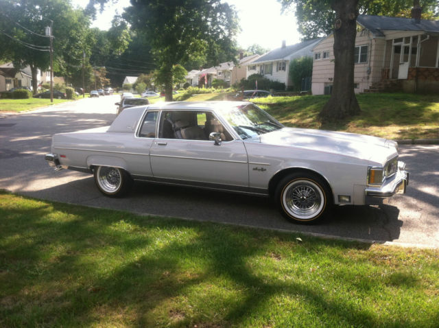 1982 Oldsmobile Ninety-Eight