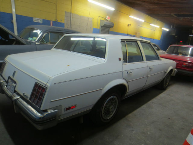 1982 Oldsmobile Cutlass Brougham Sedan 4-Door