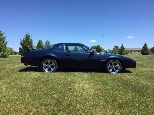 1982 Pontiac Firebird Third Generation / 3rd Gen F Body