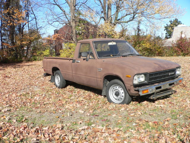 1982 Toyota Diesel Pickup Truck 5 Speed Long Bed 35 Mpg For Sale