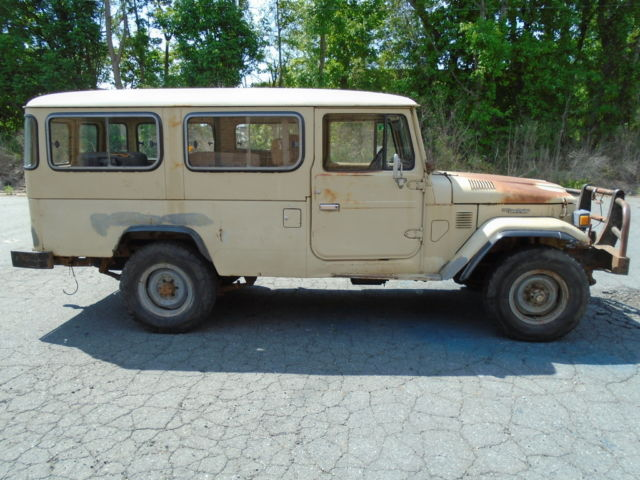 1982 Toyota Land Cruiser Troop Carrier
