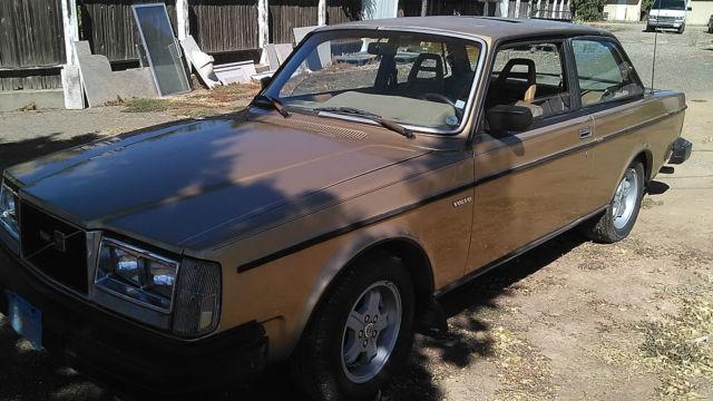 1982 Volvo 242 Turbo 2-Door 2.1L for sale: photos, technical specifications, description