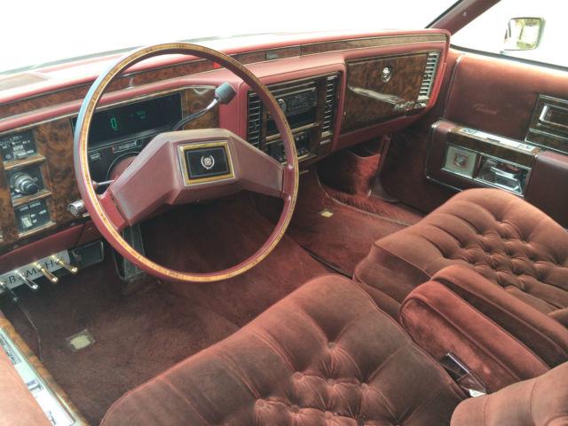 1983 Cadillac Fleetwood Brougham D Elegance Coupe 2 Door 4