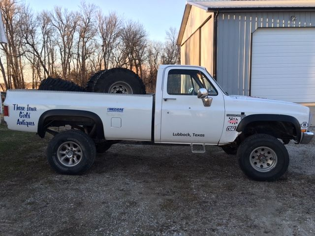1983 chevy k2500 square body 4x4 truck former mud racer rust free square body for sale photos. Black Bedroom Furniture Sets. Home Design Ideas