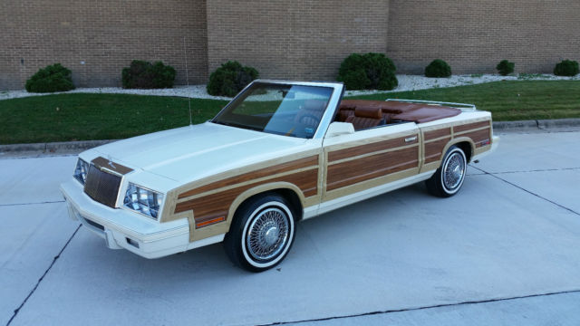 1983 Chrysler LeBaron Town & Country Mark Cross