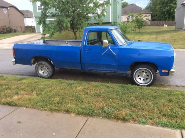 1983 Blue Dodge Other Pickups Standard Cab Pickup with Gray interior