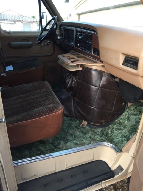1983 Ford Chateau e-150 window van, shorty, 4x4, RARE for