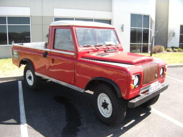 1983 Land Rover Defender SANTANA