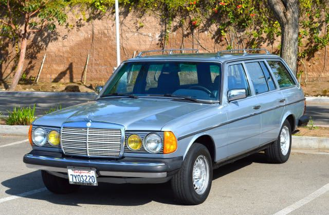 1983 Mercedes-Benz 300-Series 5 door 7 seater wagon