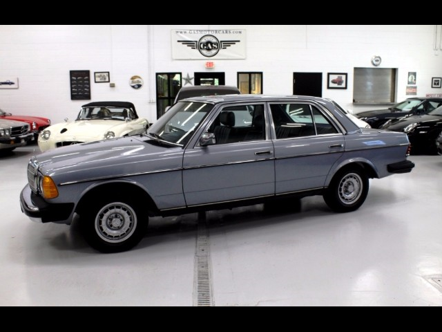 1983 Mercedes-Benz 300 Series 300D-T