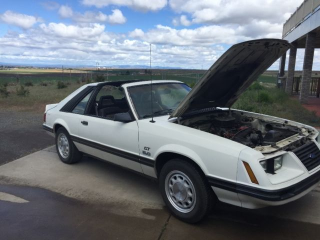1983 Ford Mustang T Top