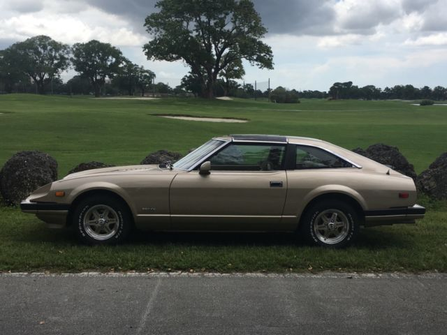 1983 Gold Nissan 280ZX 2+2 Hatchback with Tan interior