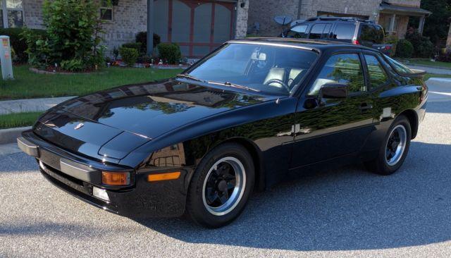 1983 Porsche 944  47k Miles for sale photos technical