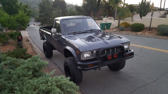 1983 toyota 4x4 long bed dlx pickup must see for sale photos technical specifications. Black Bedroom Furniture Sets. Home Design Ideas