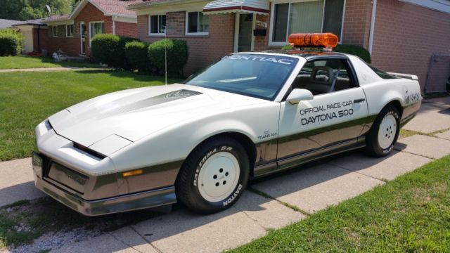 1983 Pontiac Trans Am Firebird