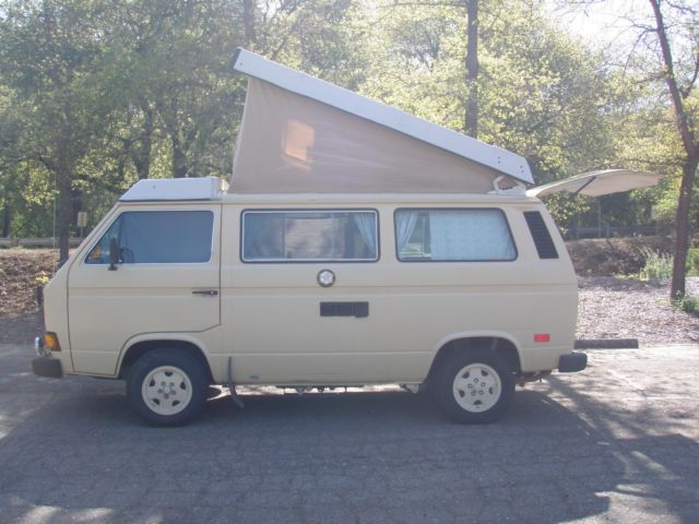 1983 Volkswagen Bus/Vanagon Rebuilt engine from Quality German