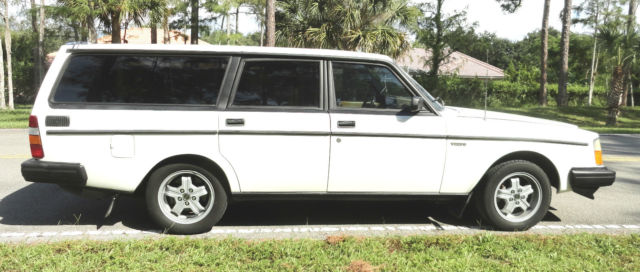 1983 volvo 240 245 glt turbo 4 speed manual wagon. Black Bedroom Furniture Sets. Home Design Ideas