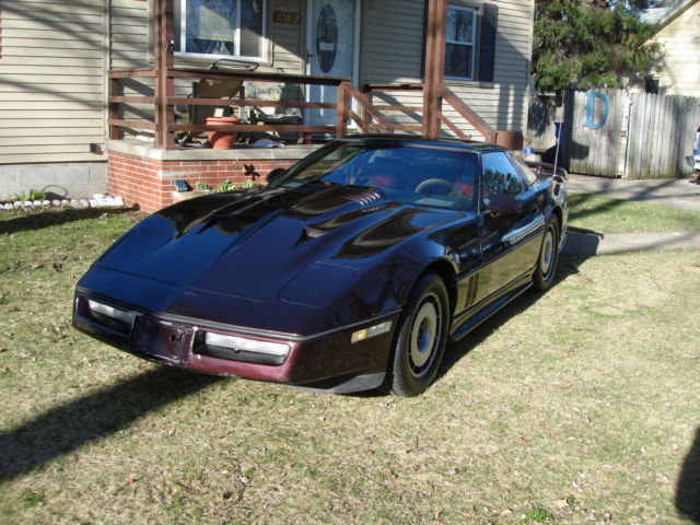 1984 Chevrolet Corvette Base coupe targa