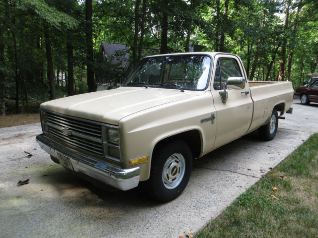 1984 Tan Chevrolet C-10 pickup with Tan interior