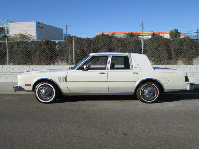 1984 Chrysler Fifth Avenue New Yorker 5.2L
