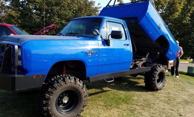 1984 Dodge Custom Pickup Truck D200 4 WD 4x4 dump mud sand ...