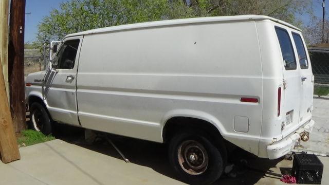 307e01698273e0 1984 Ford Econoline 300 1 ton Van with 460