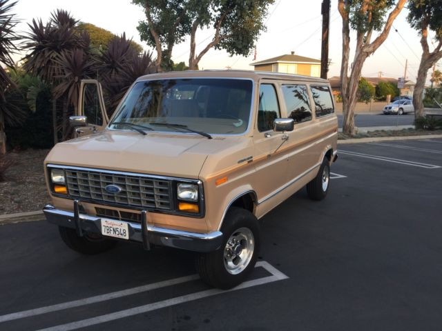 1984 Ford E-Series Van