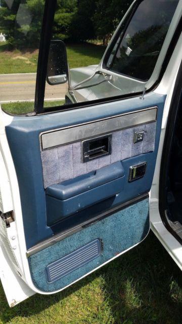 1984 Gmc Sierra 3500 Squarebody C30 Crewcab 1 Ton Dually Chevy C10 Mint Cond For Sale Photos