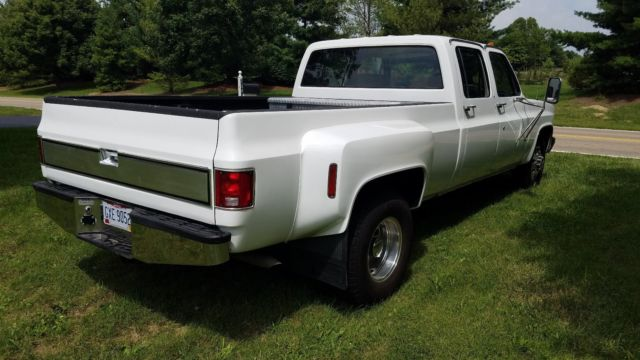 1984 gmc sierra 3500 squarebody c30 crewcab 1 ton dually chevy c10 mint cond for sale photos. Black Bedroom Furniture Sets. Home Design Ideas