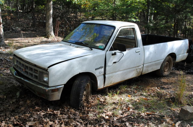 1984 Isuzu Diesel Pickup Truck Pup Long Bed