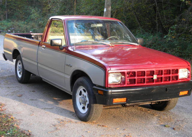 1984 isuzu pup 2 2 diesel ls pickup truck 5 speed for sale. Black Bedroom Furniture Sets. Home Design Ideas