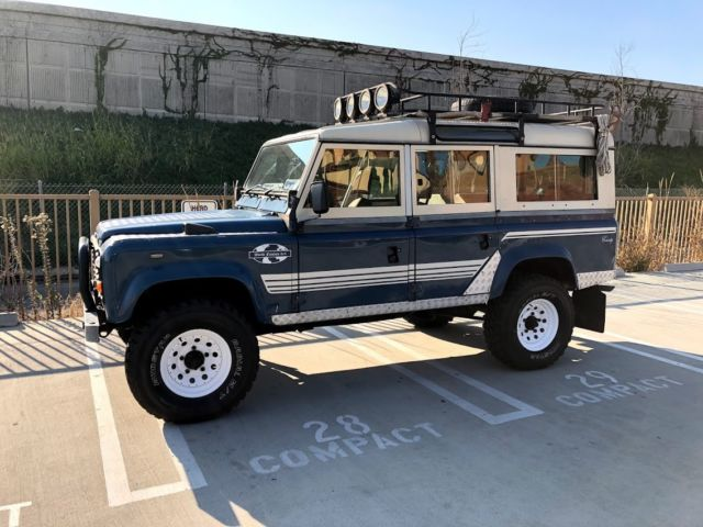 1984 Land Rover Defender COUNTY