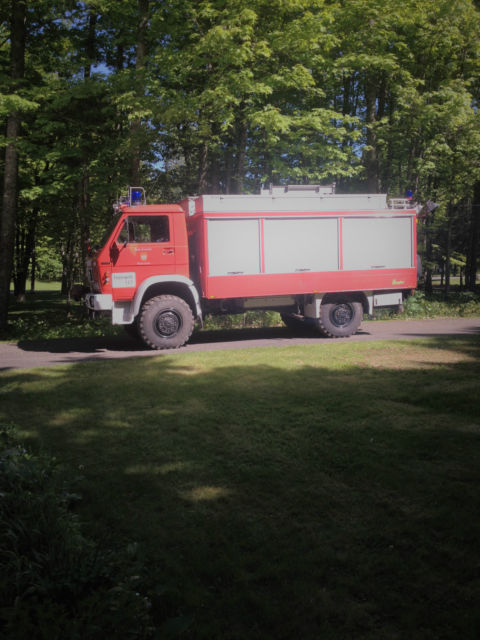 1984 Other Makes 4 WD truck w. enclosed box