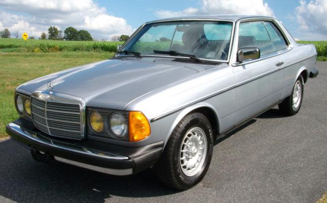 1984 Mercedes 300CD Turbo Diesel Complete Service History  1