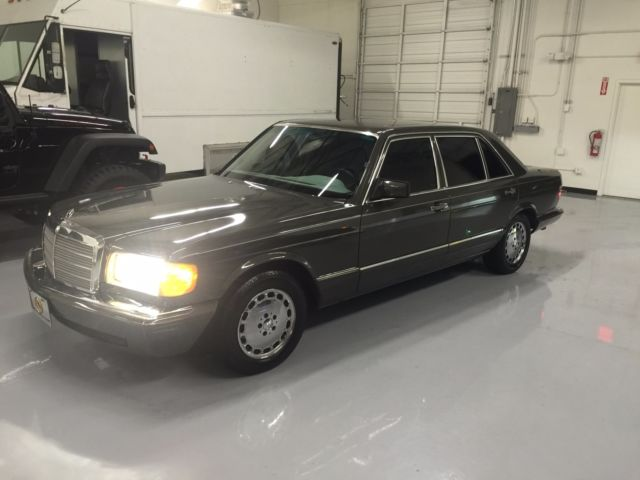 1984 Mercedes-Benz 500-Series