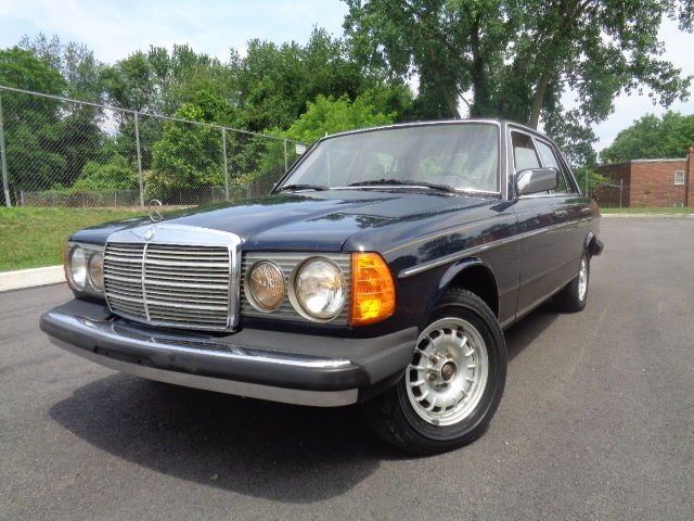 1984 Mercedes-Benz 300-Series 300 turbo