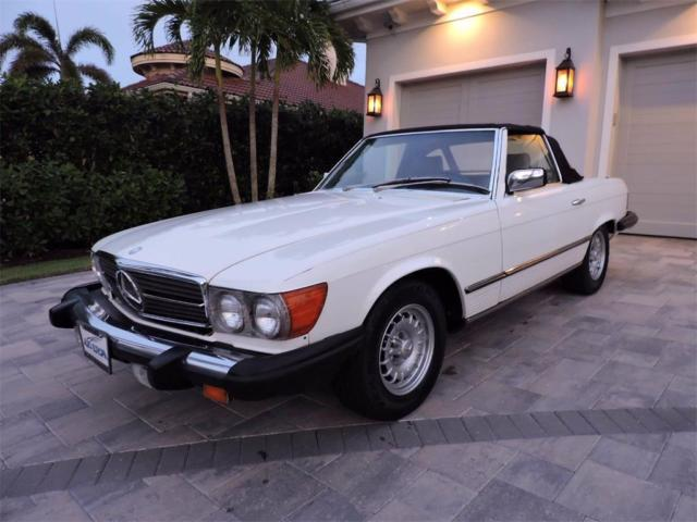 1984 White Mercedes-Benz SL-Class 380 SL Roadster Convertible with Gray interior